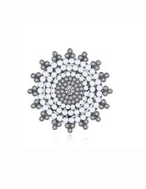 Broche De Flor De Perlas Y Circonitas Con Micro Incrustaciones