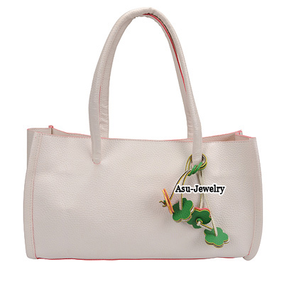Winter White Flower Tassels  Design PU Handbags