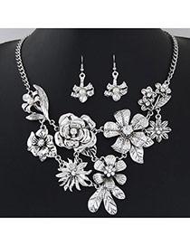 Retro Antique Silver Flower Decorated Simple Design