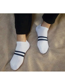 Parsimonious White Pure Color Simple Design Combed Cotton Fashion Socks
