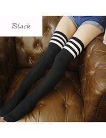 Classic Black+white Stripe Pattern Decorated Knee-high Design