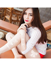 Personality White Lace Bowknot Shape Decorated Temporary Design