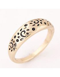 Vintage Gold Color Leopard Shape Decorated Simple Ring