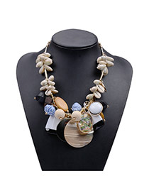 Exaggerate Beige Shell&beads Weaving Decorated Short Chain Necklace